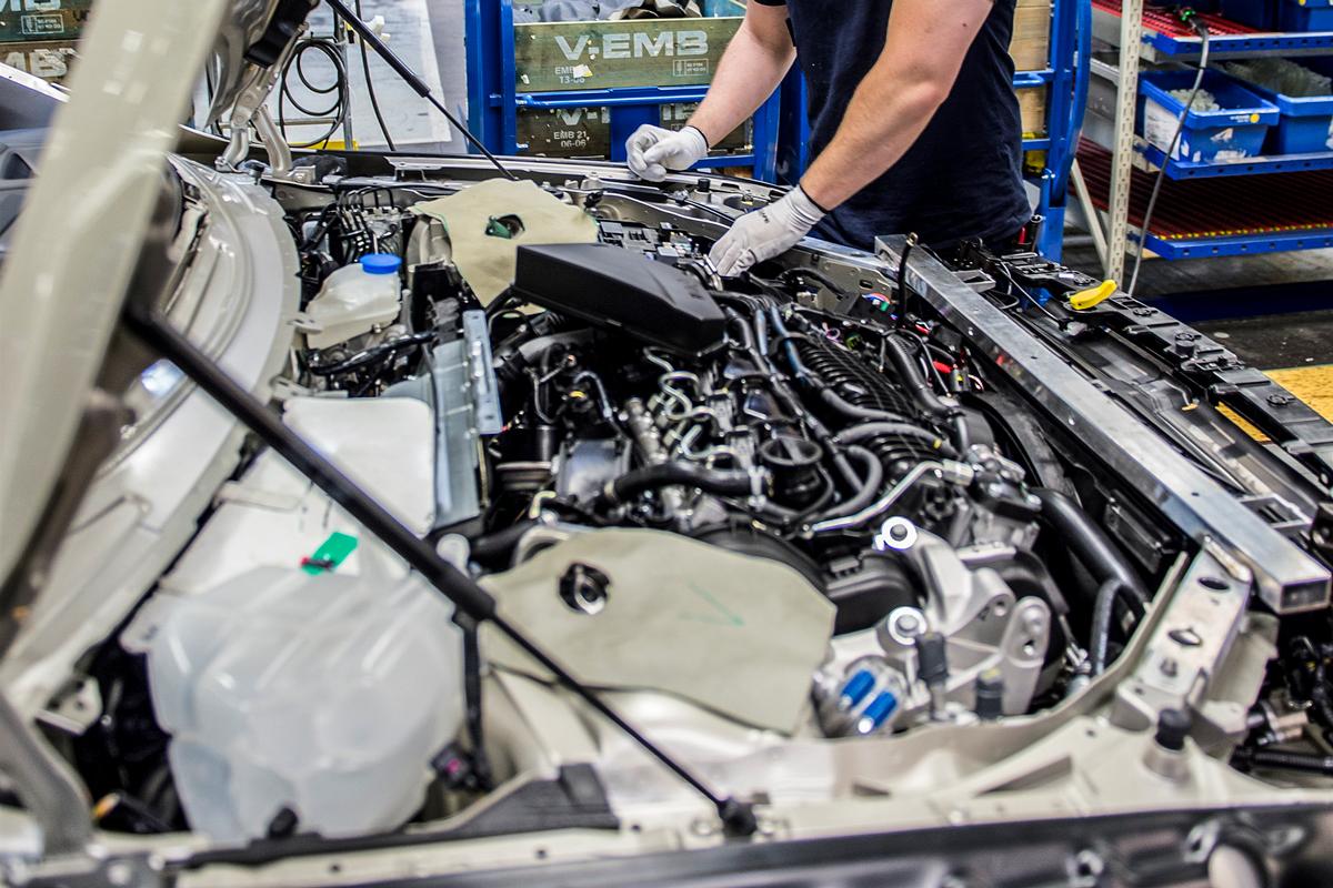 AB Volvo: Vinstjakt & jobbslakt
